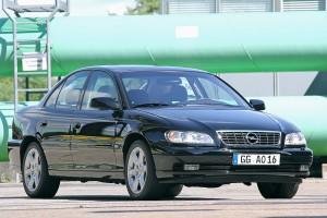 Bilder-Opel-Omega-V8-2