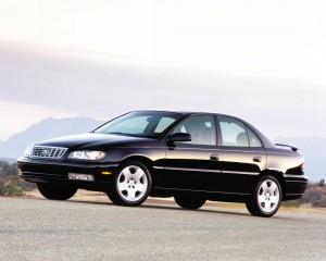 Cadillac-Catera-2000-schwarz-Seite