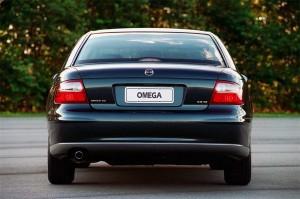 Chevrolet-Omega-2001-02