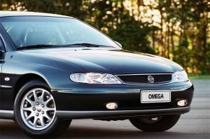 Chevrolet-Omega-2001